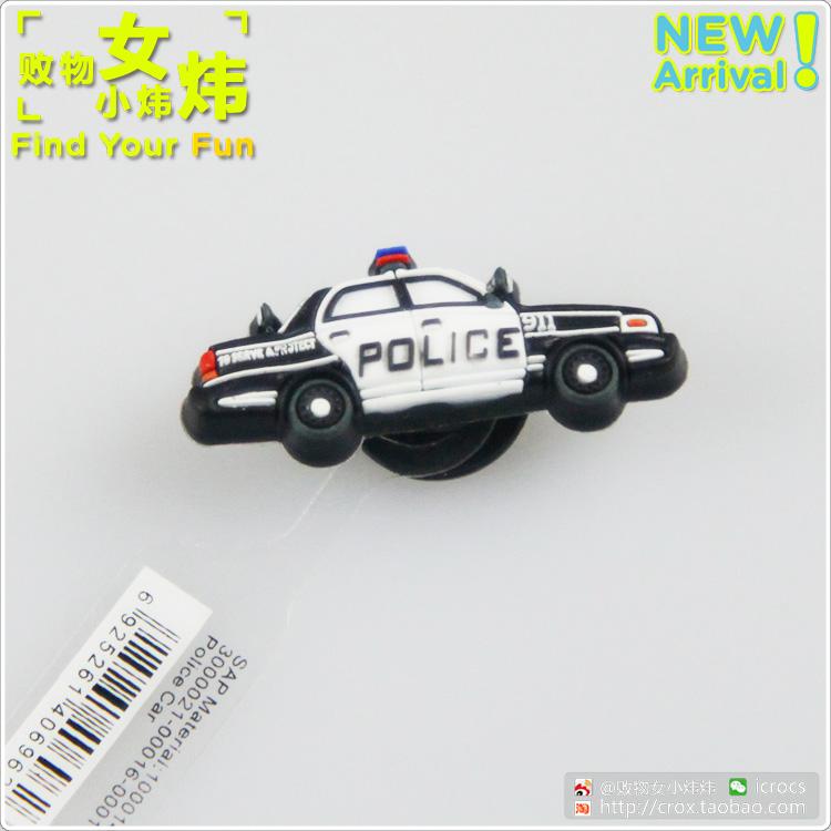 Цвет: полицейская машина