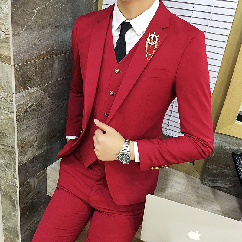 Color: Red suit