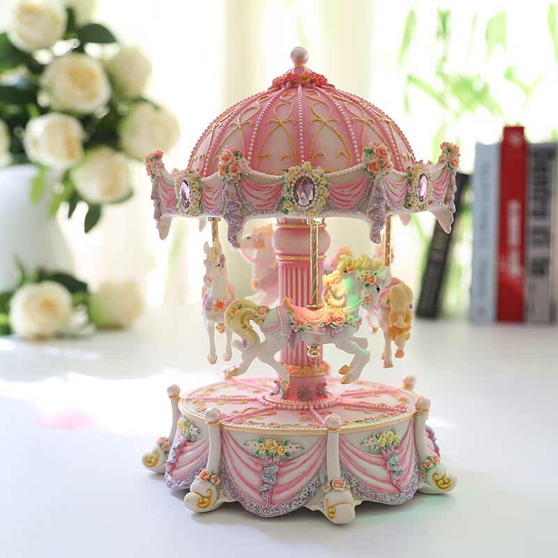 Цвет: Розовый 4 лошадь подъемник название: замок в небе