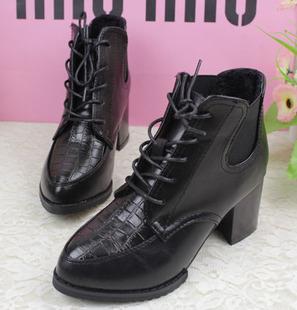 包邮英伦风复古鞋冬天女鞋韩版粗跟马丁靴松紧系带冬季高跟鞋短靴
