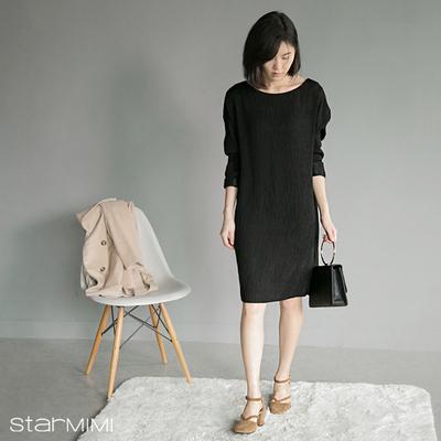 2015秋冬新款韩版后V领纯色优雅气质宽领褶皱布连衣裙 女装