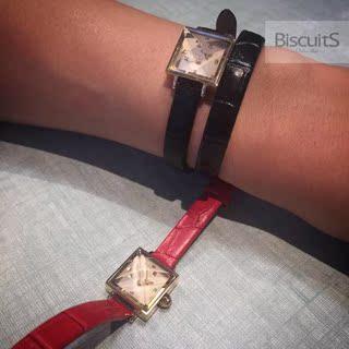 UNDERCOVER 金字塔立体表面 女式手表