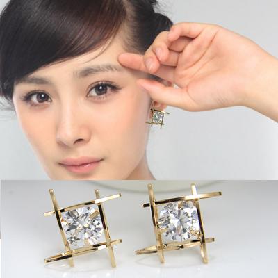 韩国时尚耳环方形锆石耳饰水晶女人耳钉甜美气质百搭保色饰品包邮