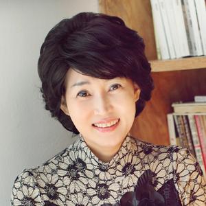 中老年假发真发女士短发中年妈妈假发时尚卷发化疗新款蓬松假发套