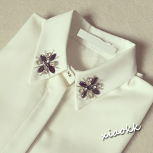 查看秋冬女装钉珠韩版复古长袖衬衣女 水钻领子带钻打底白色雪纺衬衫
