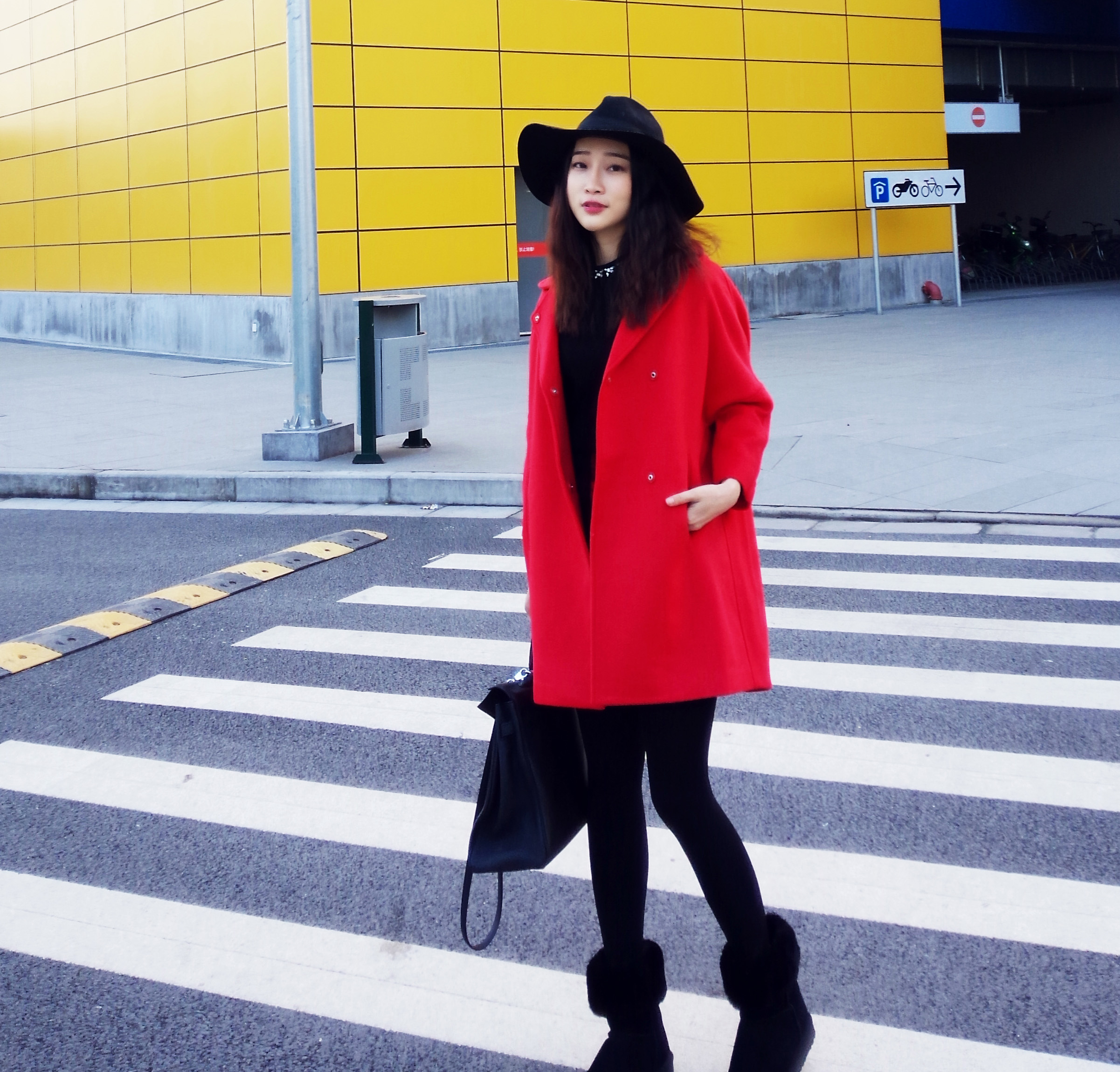 大红毛呢斗篷中长款羊绒外套大衣娃娃领宽松大码长袖冬季加厚女