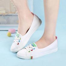 人本帆布鞋女2017夏纯色小白鞋平底透气韩版潮女单鞋浅口低帮板鞋