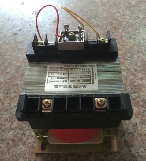 - достатъчно мощност за коригиране на трансформатор BKZ-200VA/200W380V ac - dc напрежение DC127V