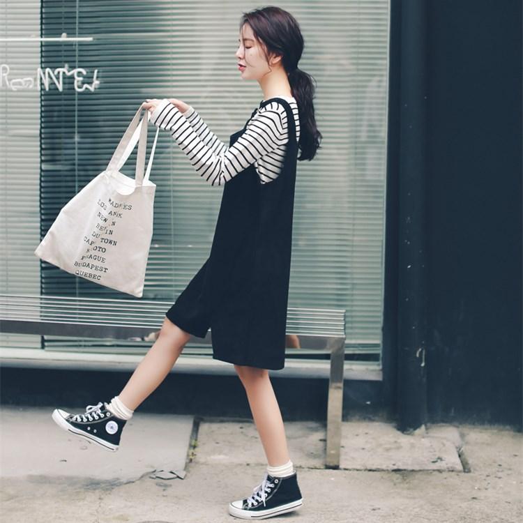 2017秋冬装新款韩版复古纯色灯芯绒背带裙女学院风宽松A字连衣裙