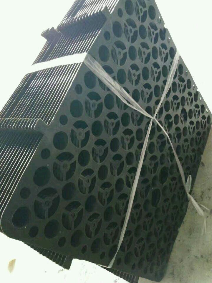 تخضير السقف سقف المرآب التخزين تخزين الصرف لوحة العزل الحراري الخضروات تنفس تعزيز البلاستيك الصف