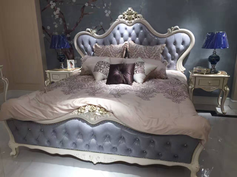What makes all solid wood bed double bed 1.8 meters European leather Wedding Princess Bed bag package installation