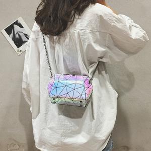 夏天小包包女2018新款韩版chic链条镭射包时尚百搭单肩斜挎贝壳包