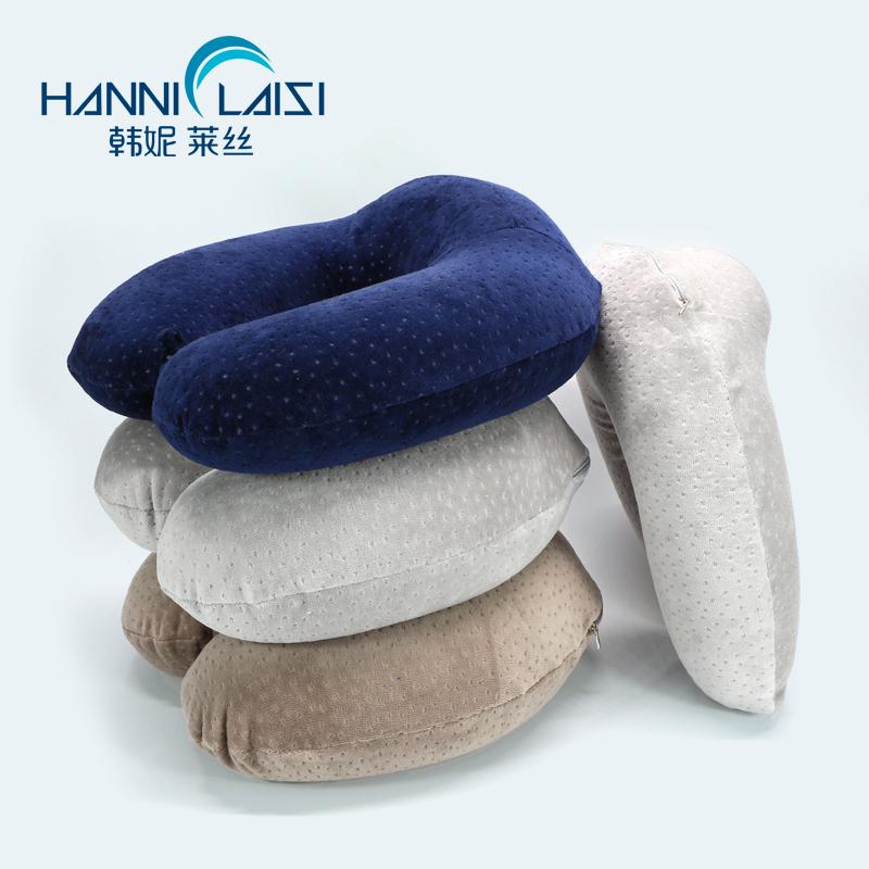 旅行にはインフレートとしても折り畳むとしても、UとしてはU枕のキャンピング枕をして