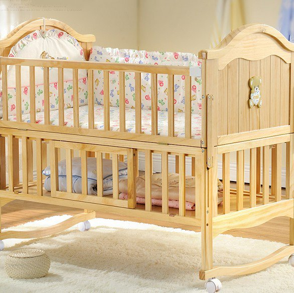 ユニバーサル車輪車輪幼児多機能子供トランペットベビーベッドユニバーサル輪布団木床家庭用材の客間