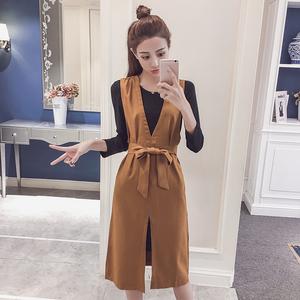 2018秋季新款韓版顯瘦百搭兩件套背帶裙女中長款V領下開叉連衣裙