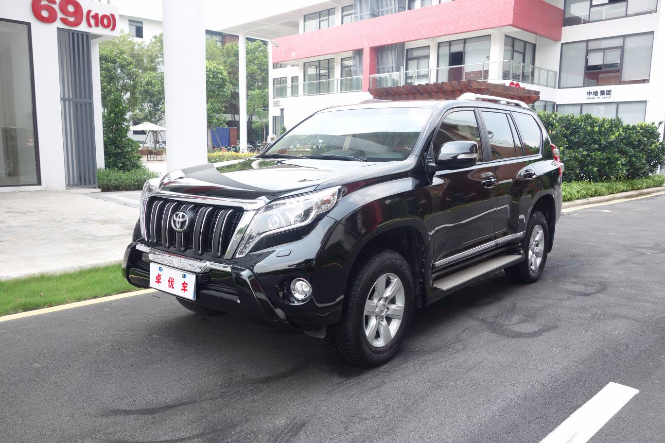 TOYOTA Prado 2014 models 2.7L (parallel imports) Middle East Edition