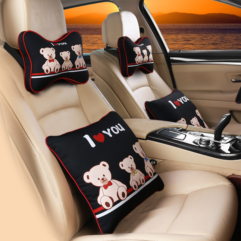 白黒のパンダの腰は自動車クッションオフィスのかばいを使うのはかわいい車で枕をして枕を枕にして1対