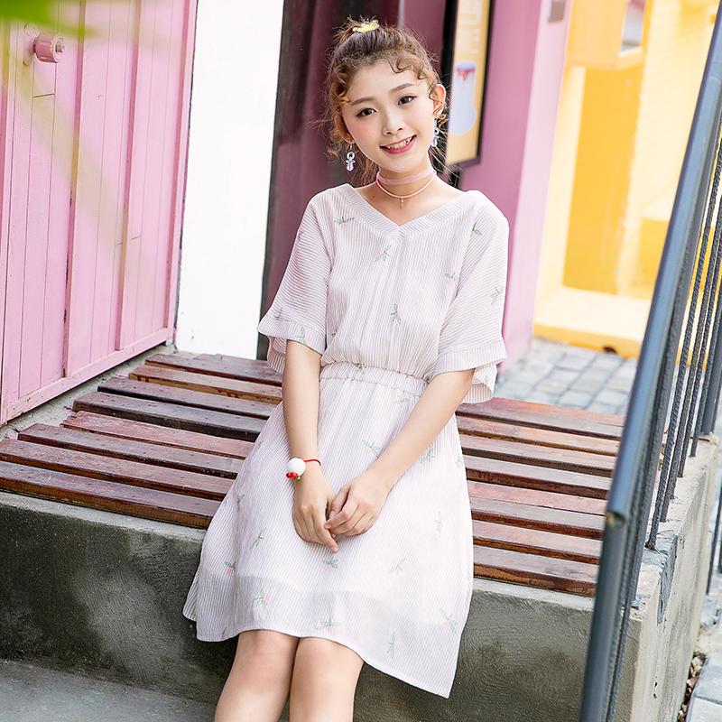 Váy nữ cộc tay họa tiết kẻ sọc cổ chữ V thắt eo thời trang phong cách Hàn Quốc dễ kết hợp phù hợp cho mùa hè phong cách học sinh mẫu mới nhất