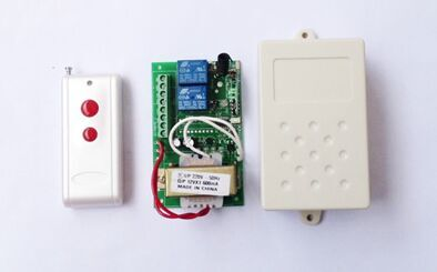 The factory sells 380V two fixed code wireless remote switch remote controller switch directly