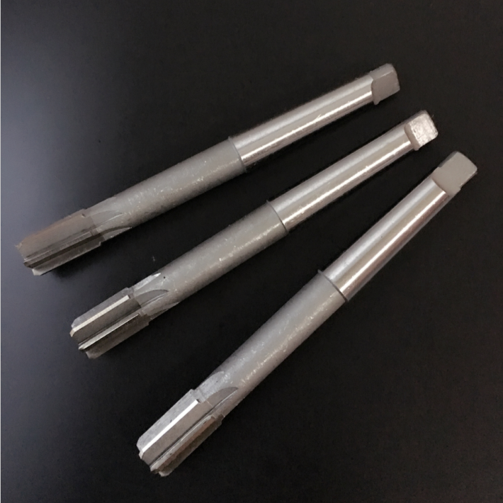 Machine reamers with Morse taper shank lengthened white steel high-speed steel cutter 14-15-16-18-20-24-25-28-307