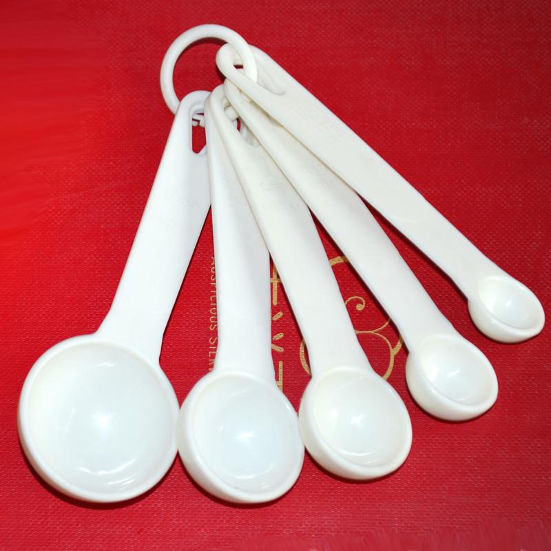 Strumenti di bricolage vestito di cosmetici tre grammi) cucchiaio di Plastica Scala cucchiaio 2.5510 Maschera cucchiaio dosatore.