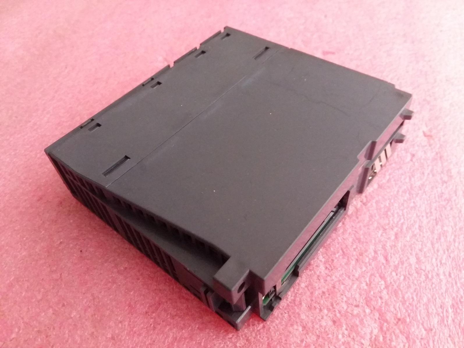 三菱QシリーズPLCQ02HCPU中古代購GEMAXの実物機能完全純分いいスポット