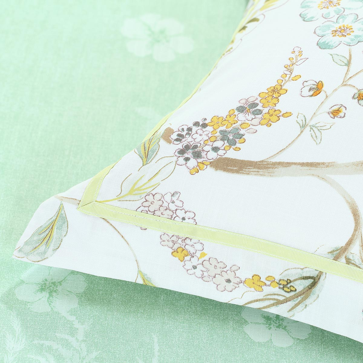 Bliss Tencel bedding Lyocell printing four pieces of mercury from the official flagship store.