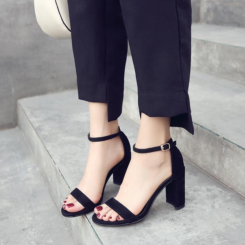 韩版2017新款一字扣带凉鞋女夏中跟粗跟性感黑色罗马百搭高跟女鞋