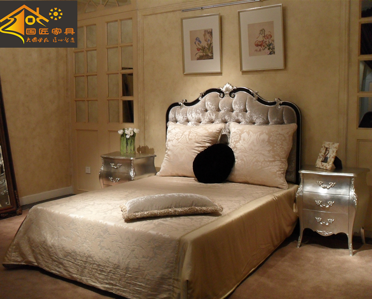 Italian palace all solid wood bed, 1.51.8 meters double bed, hand carved, new classical villa bedroom furniture