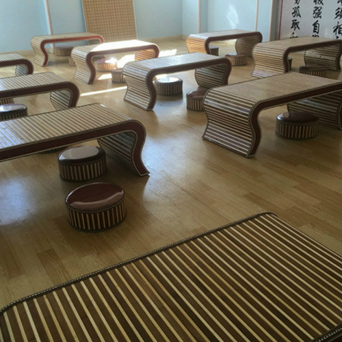 Wood windows and wood table tatami bed wear a few short solid kang tea table small tea table Ancient Chinese Literature Search