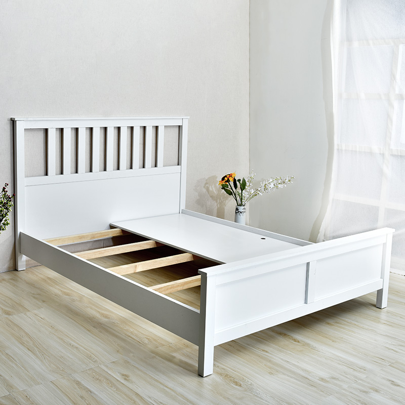 Nordic modern minimalist modern environmental protection plate bed Han nice small apartment 1.51.8 simple double bed mail