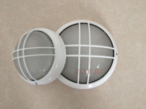 7026 minimalist ที่ทันสมัยแสงโคมไฟ dampproof โคมไฟป้องกันการระเบิดโคมไฟกันน้ำสามไฟ LED โคมไฟที่ประหยัดพลังงานไฟทางเดินในทางเดิน