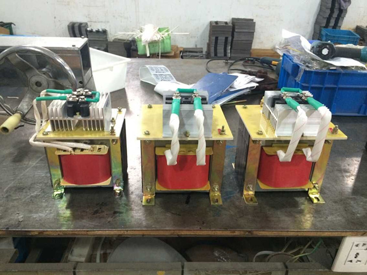 BKZ-750VA монофазна трансформатор 220v се DC24V750W ac 220v променлива 24v