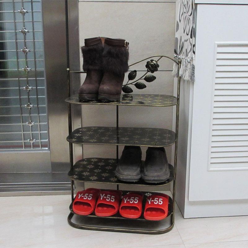 Zapato simple artefacto de hierro con varias capas de la personalidad creativa de su gabinete económico doméstico de la pequeña sala de venta