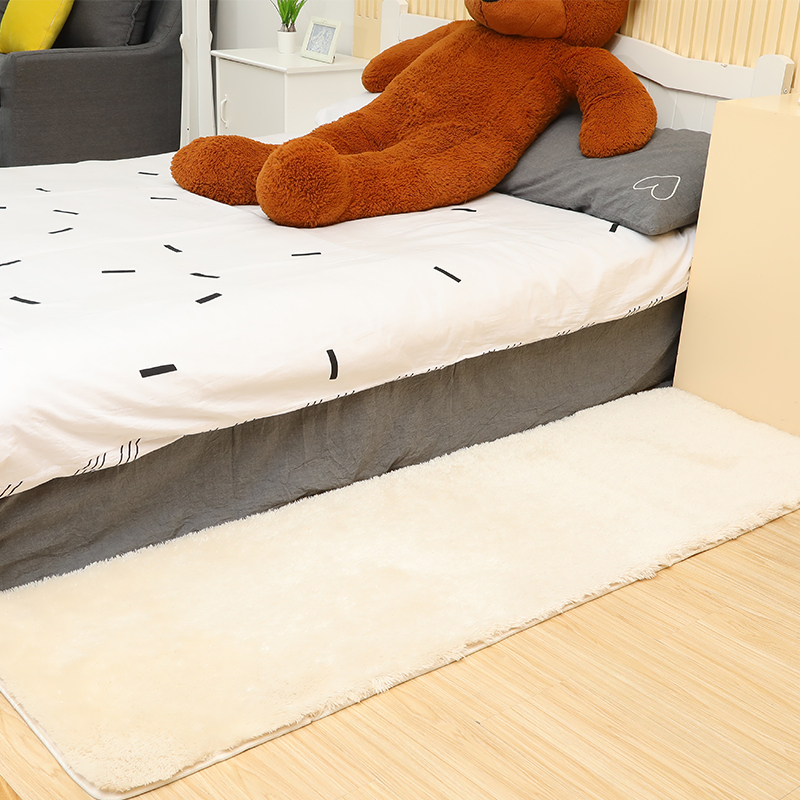 The simplicity of modern solid bed blanket strip bedroom living room table carpet covered with tatami mats and thickened windows