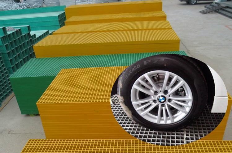 รางระบายน้ำตะแกรงฝาท่อระบายน้ำตะแกรงที่มีการจัดให้ 1 หลุมตะแกรง FRP 4S ร้านล้างรถ