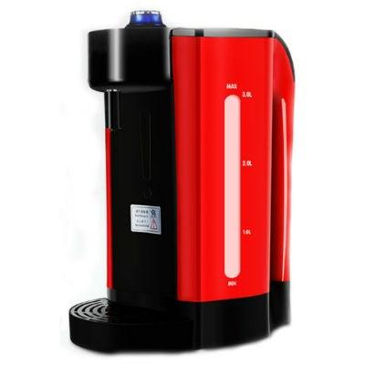 Das ist Wärme, wasserkocher Für eine wärmflasche auf der Bühne in der Hitze und der mini - smart desktop.