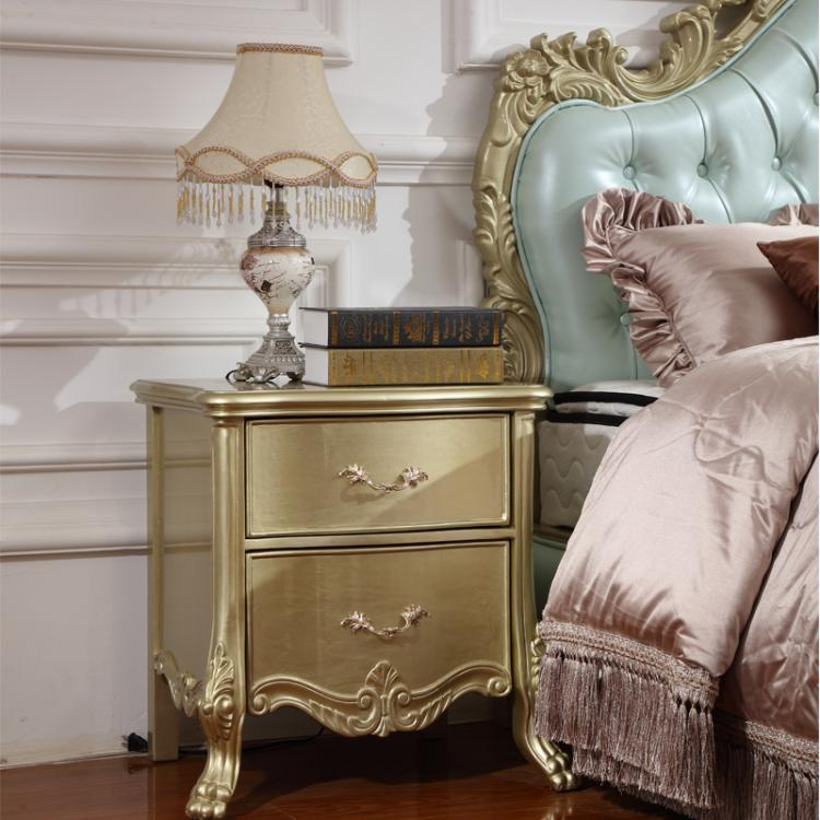The new classical European style double bed 1.8 meters American wood bed carved old Jane bed bed bedroom furniture