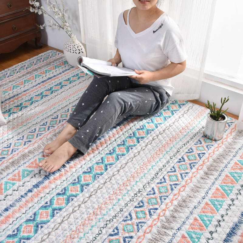 American household baby crawling mat covered with tatami bed blanket living room table mats.
