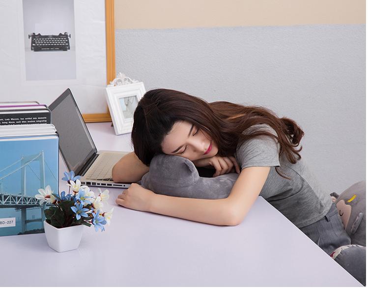 почта пакет съемный подушка защиты шеи микроволновой печи подушка подушка подушка u силикагель бытовой взрослых шейного позвонка
