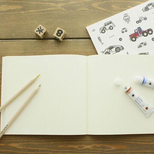 Auf dem Weg, auto -24K cycas Zeit interessant gelten in dieser einfachheit weißen Notebook - block - Oder skizzenbuch