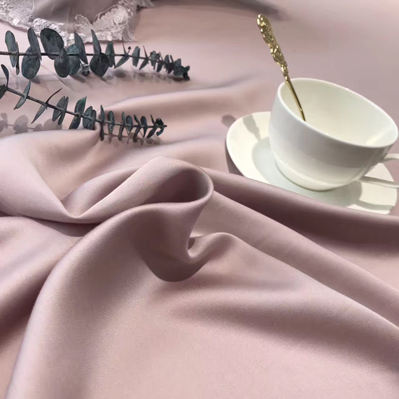 80 double-sided embroidery Lenzing Tencel high-end four sets of delicate skin bedding naked 1.8 meters