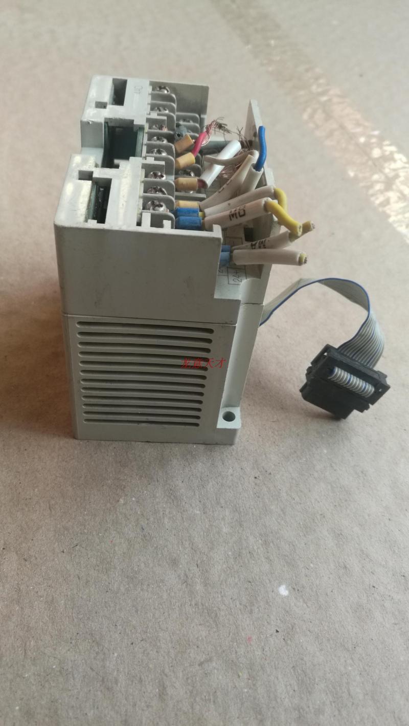 三菱FX2N-4ADコントローラPLC拡張モジュール中古GEMAXの温度モジュール