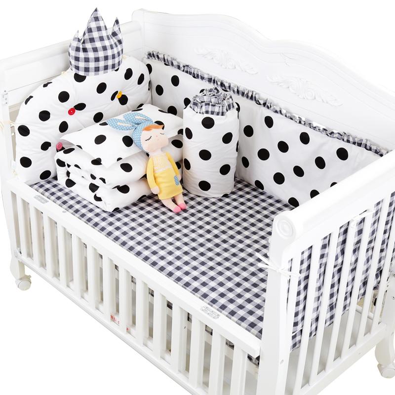 Το μωρό έχει ένα μωρό... το όνειρο κρεβάτι μωρό μου κρεβάτι γύρω γύρω το κρεβάτι μωρό να μπορούν να πλένονται μπορεί να επικαλεστεί το βαμβάκι