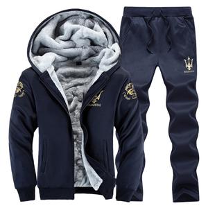 2018新款男士2件套装秋冬款加绒加厚连帽2件套休闲装运动冬季外套