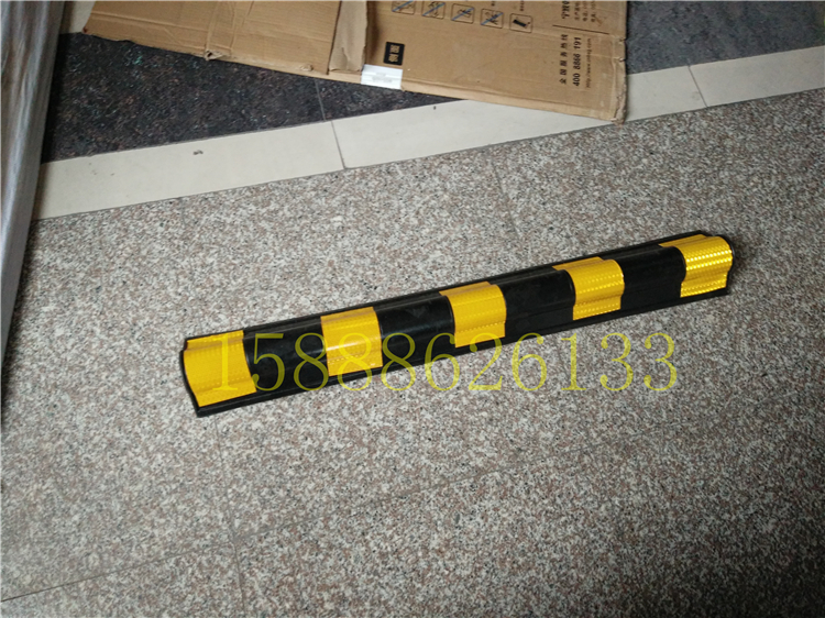 High quality rubber circular corner 1 meters height D 100cm basement column special corner anti-collision reflector