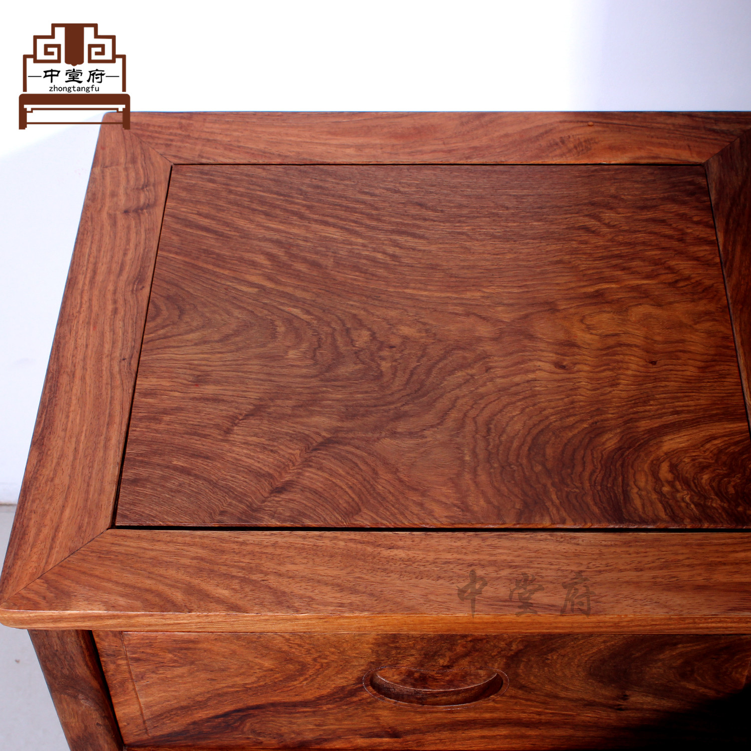 [government] Zhongtang rosewood furniture hedgehog rosewood rosewood wood double bed Chinese auspicious clouds