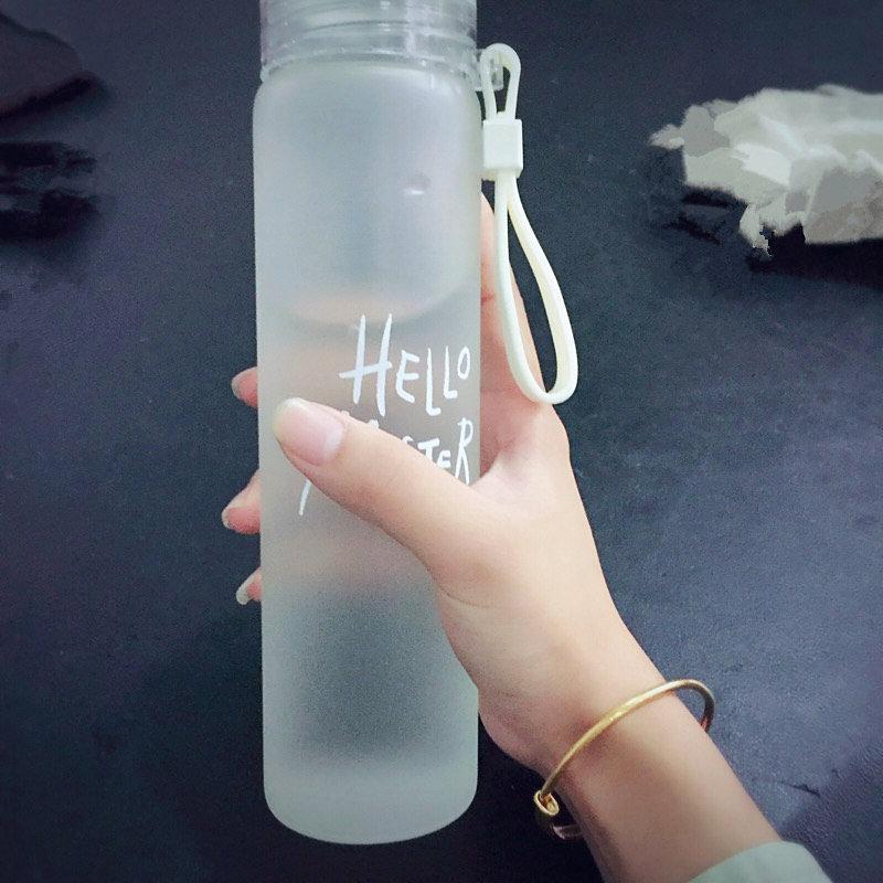 カラー大容量のスリムなマグカップは可愛い湯飲みの女子学生が細長い耐熱家庭用透明グラス
