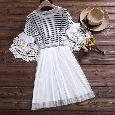 实拍2019年夏季新款学院风条纹刺绣背带小清新短袖连衣裙子