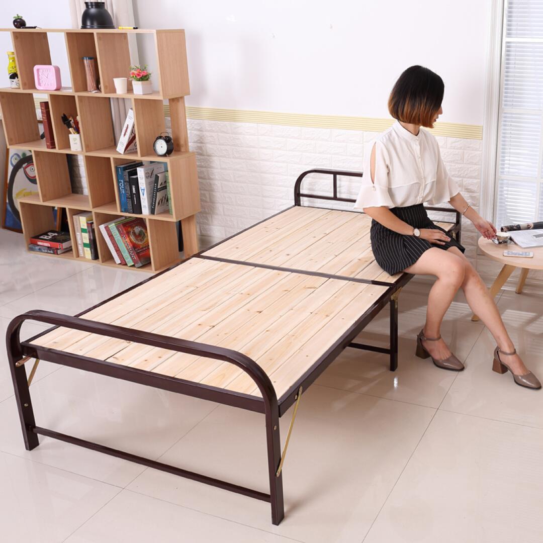 は、ステイトと折り畳みシーツのベッド1メートルの簡易板張りベッドオフィス